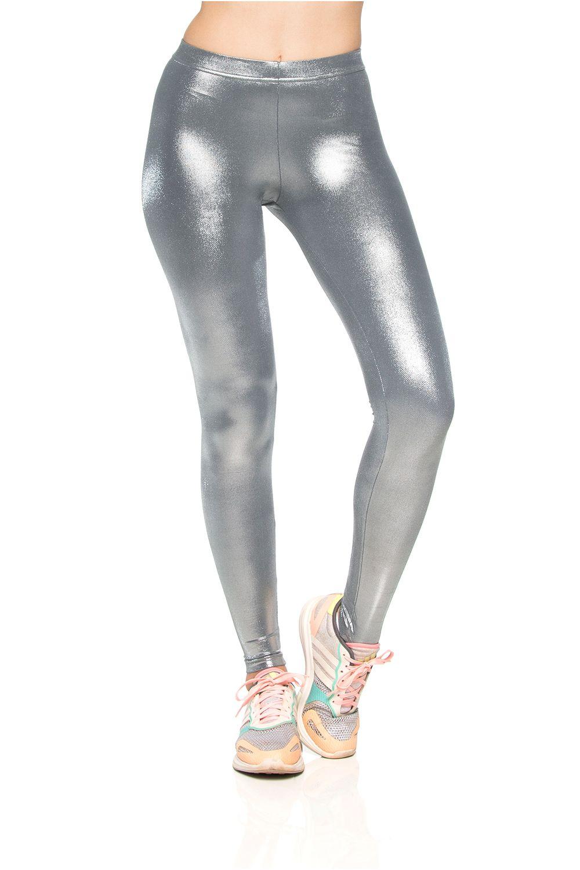 legging-fitness-brilho-metalizada-gel-prata-2-